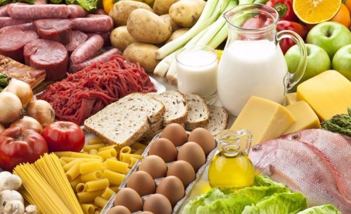 Подешевшали тільки яйця: В Україні знову зросли ціни на соціальні продукти харчування