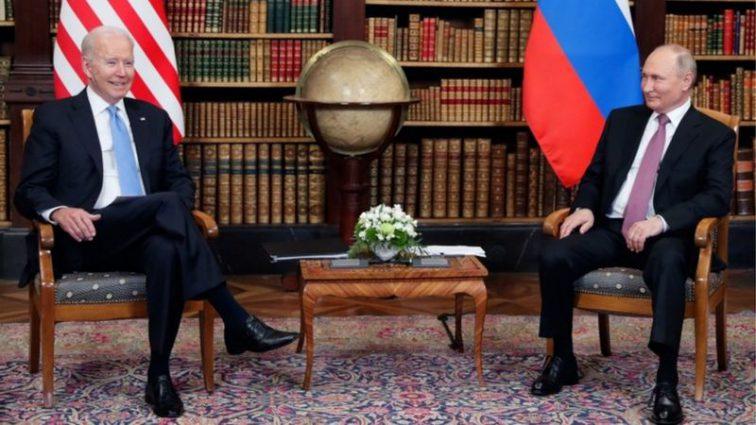 """""""У Путіна справи погані"""". Байден розповів, чому вважає Росію слабкою"""